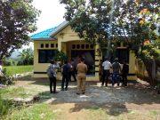 Suasana saat Petani Mendatangi Kantor UPT Pertanian Kecamatan Monta.